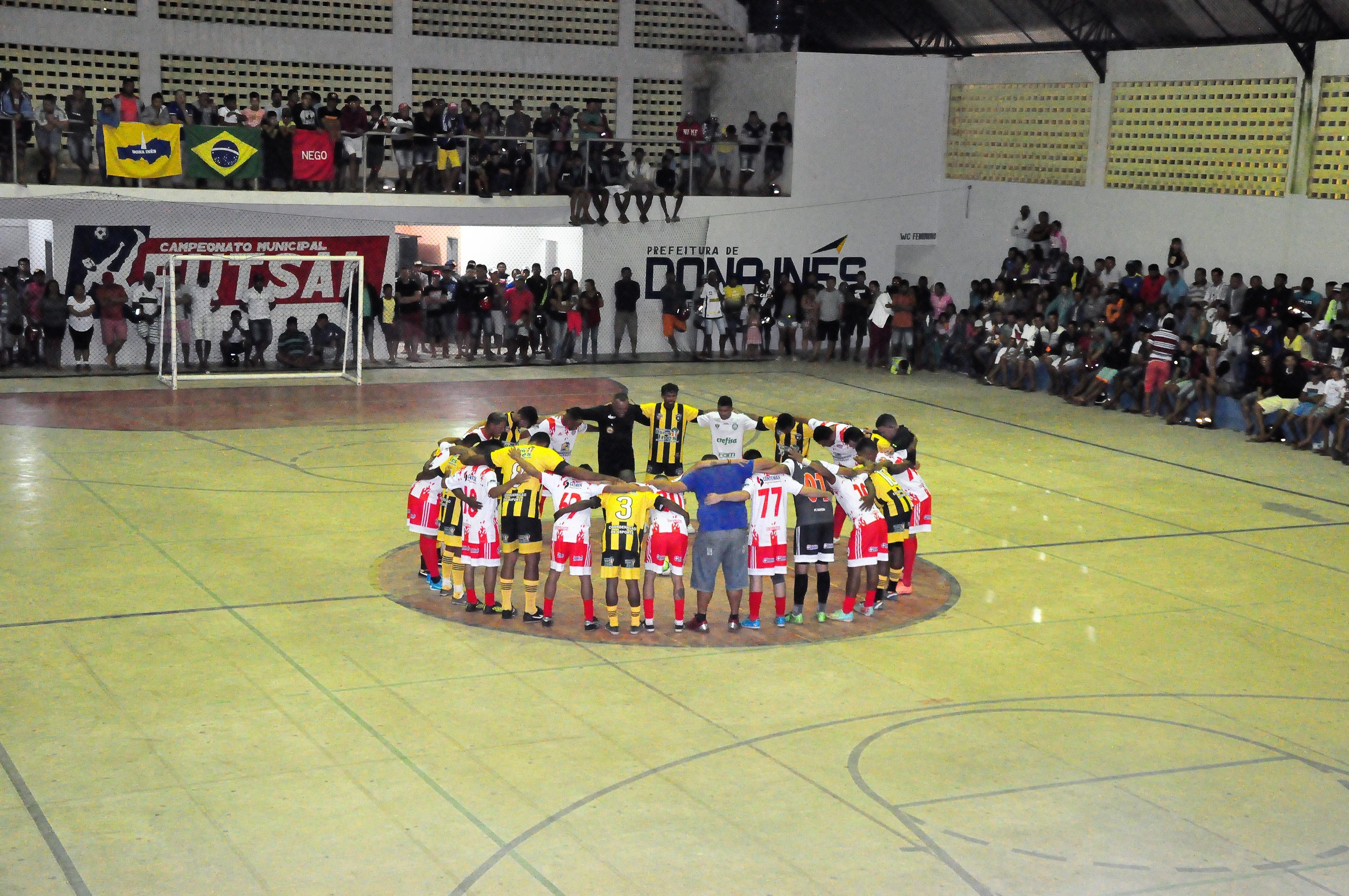 18 Equipes e cerca de 200 atletas participaram do campeonato ... d8a05ee8da827